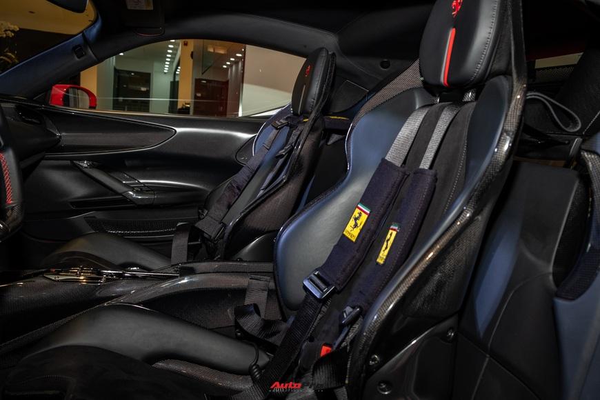 Ferrari SF90 Stradale chính hãng đầu tiên về Việt Nam: Giá trên 30 tỷ đồng, không phải xe của Cường Đô La - Ảnh 18.