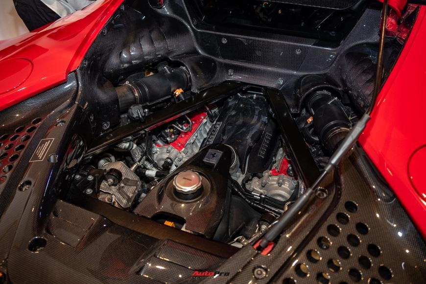 Ferrari SF90 Stradale chính hãng đầu tiên về Việt Nam: Giá trên 30 tỷ đồng, không phải xe của Cường Đô La - Ảnh 10.