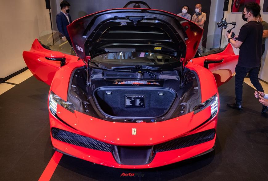 Ferrari SF90 Stradale chính hãng đầu tiên về Việt Nam: Giá trên 30 tỷ đồng, không phải xe của Cường Đô La - Ảnh 5.