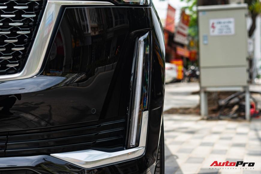 Cadillac Escalade ESV giá gần 12 tỷ đồng - SUV full-size hạng sang cho nhà giàu Việt - Ảnh 9.