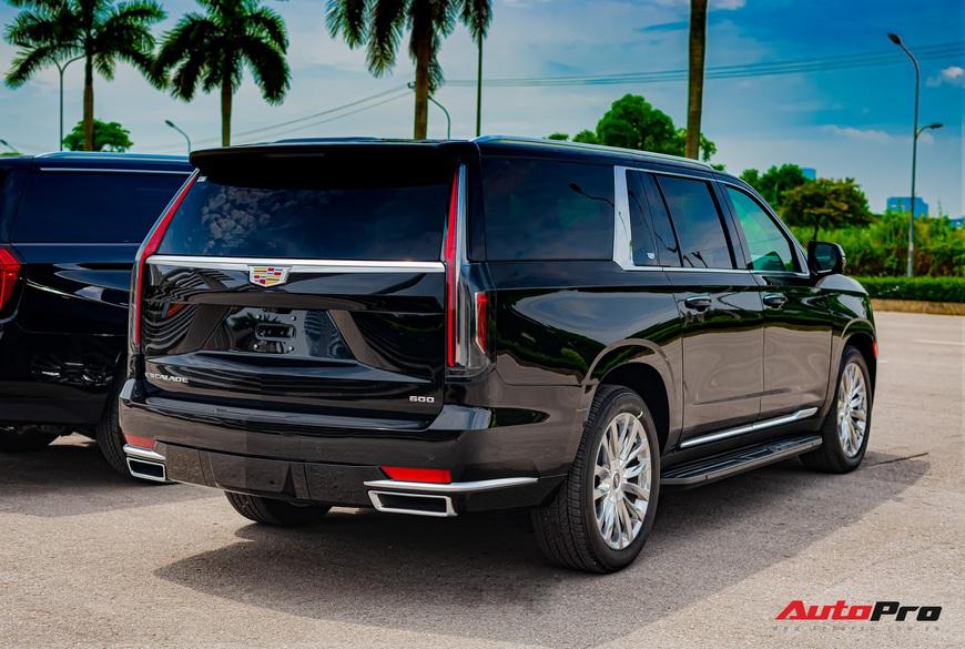 Cadillac Escalade ESV giá gần 12 tỷ đồng - SUV full-size hạng sang cho nhà giàu Việt - Ảnh 12.