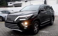 Toyota Fortuner phiên bản mới lần đầu lộ diện với lưới tản nhiệt siêu to khổng lồ