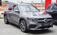 Ngồi thử 3 hàng ghế Mercedes-Benz GLB vừa ra mắt Việt Nam: Đừng mong 7 người lớn thoải mái nhưng 'mác Mẹc' giá 2 tỷ, 7 chỗ vẫn dễ kích thích