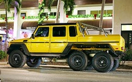 Mercedes-Benz G63 AMG 6x6 đầu tiên Việt Nam lăn bánh ra phố: Kích thước khổng lồ, biển số gây chú ý