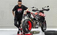 Siêu mô tô 6 tỷ chưa về, Minh 'Nhựa' đã úp mở tiếp về một chiếc Ducati Panigale phiên bản đặc biệt khác
