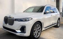 BMW X7 chính hãng hạ giá hàng trăm triệu đồng trước sự cạnh tranh của xe nhập tư 'giá rẻ'