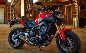 Xe phân khối lớn giá rẻ Yamaha MT-09 bị lỗi đèn pha