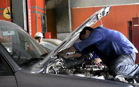 Bảo dưỡng 6 tháng/lần: Dân ôtô lo bị 'chém' đẹp