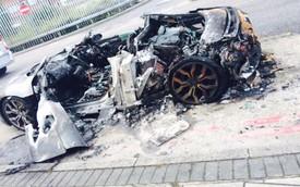 """""""Đống tro tàn"""" của Audi R8 V10 tại Anh"""