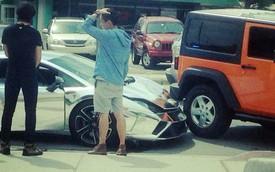 """Lamborghini Gallardo mạ crôm """"vỡ đầu"""" vì đâm Jeep Wrangler"""
