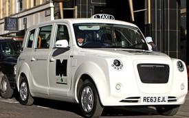 30.000 tài xế taxi biểu tình chống... ứng dụng di động