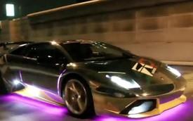 """Hàng chục siêu xe Lamborghini độ LED """"huyên náo"""" Tokyo"""