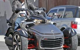 Môtô Can-Am Spyder phiên bản mới lộ diện hoàn toàn trên phố