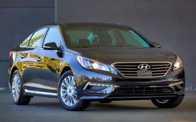 Hyundai Sonata 2015 không đắt khách như dự tính