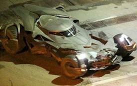 """Xế """"khủng"""" Batmobile tái xuất sau tin đồn bị ăn trộm"""