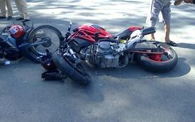 Bình Dương: Ducati Monster đâm trực diện Sirius, một người tử vong