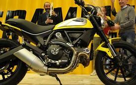 """Chiếc xe giá """"mềm"""" Ducati Scrambler đầu tiên xuất xưởng tại Ý"""