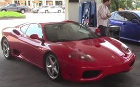 """Siêu xe Ferrari 360 Modena liên tục bị """"dìm hàng"""" tại cây xăng"""