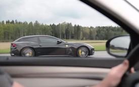 """Ferrari FF """"ngửi khói"""" BMW M5 thế hệ mới gây tranh cãi"""