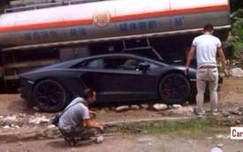Siêu xe Lamborghini Aventador mắc kẹt trên đường núi
