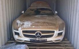 Siêu xe Mercedes-Benz SLS AMG trị giá 11,8 tỷ Đồng rơi xuống biển