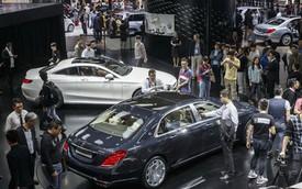 Trung Quốc: Người mua xe sang Mercedes-Benz giàu nhất