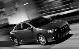 Mitsubishi Lancer Evolution 2015: Thêm tiện nghi