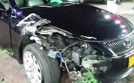 Đạp nhầm chân ga, nhân viên rửa xe phá Lexus của khách