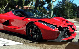 """""""Xích thố"""" Ferrari LaFerrari nát mũi tại thiên đường siêu xe Monaco"""