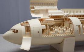Kinh ngạc với mô hình máy bay giấy cực kỳ chi tiết của chàng trai 23 tuổi