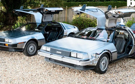 """Kinh ngạc với """"cỗ máy thời gian"""" DeLorean DMC-12 ngoài đời thực"""