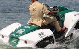 """Cảnh sát Dubai kết nạp xe """"lưỡng cư"""" Gibbs Quadski"""