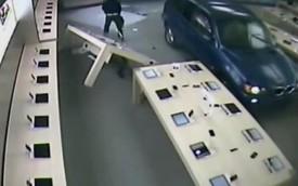 Trộm đâm BMW vào iStore, lấy đi hàng chục iPhone và iPad