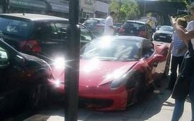 Ferrari 458 Italia long bánh vì tai nạn