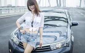 Chân dài Việt tươi trẻ bên Toyota Corolla Altis 2014