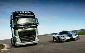 Koenigsegg One:1 suýt bị xe tải Volvo đánh bại trên đường đua