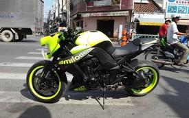 """Môtô Kawasaki Z1000 chế """"đầu cọp răng kiếm"""" độc nhất Việt Nam"""