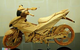 Lóa mắt với mô hình Exciter 150 bằng gỗ của biker Sài Gòn