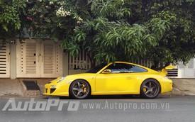 Bộ đôi xế độ Porsche 911 lạ mắt tại Sài Thành