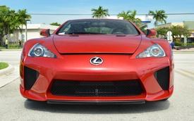 Hàng hiếm Lexus LFA lên sàn