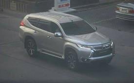 """Mitsubishi Pajero Sport 2016 """"bằng xương, bằng thịt"""" trên đường phố"""