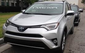 Bắt gặp Toyota RAV4 2016 ngoài đời thực