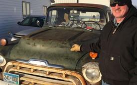 Chiếc xe bán tải giá 75 USD mà 38 năm vẫn chạy tốt