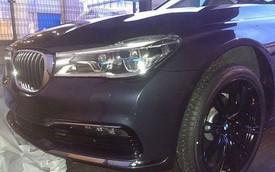 """BMW 7-Series 2016 bất ngờ xuất hiện """"trần trụi"""""""