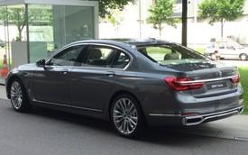 Lần đầu bắt gặp xe sang BMW 7-Series 2016 ngoài đường