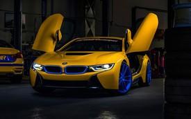 BMW i8 màu vàng rực rỡ được rao bán với giá 145.000 USD