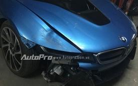 Cư dân mạng xôn xao với vụ tai nạn BMW i8 của thiếu gia 18 tuổi