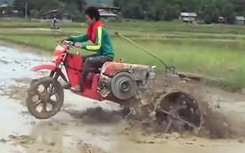 Biker kiêm nông dân nước bạn chế xe cào cào thành máy cày