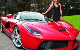 Nữ họa sỹ nổi tiếng được chồng quá cố tặng Ferrari LaFerrari