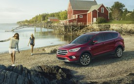 Ford Escape 2017: Tiện nghi và an toàn hơn